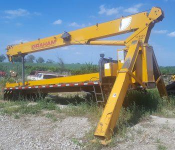1100 Crane